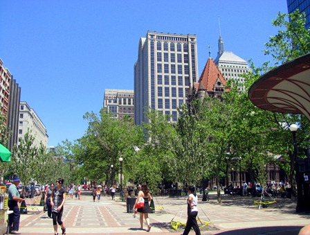 so many trees all over boston. i think it's why my skin stayed so good there- clean air!